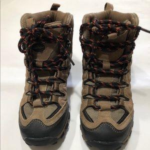 Stone Canyon Boys Boots Sz 2